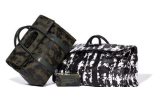 Mix de tejidos y texturas en la nueva colección de bolsos de Karl otoño/invierno 2012/2013
