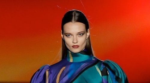 La 'Phantasize' de Hannibal Laguna para otoño/invierno 2020-2021 se desliza en Madrid Fashion Week