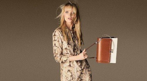 Elsa Hosk comparte protagonismo con los complementos en la campaña de Luisa Spagnoli