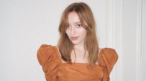 Phoebe Dynevor, protagonista de 'Los Bridgerton', debuta como modelo para Self-Portrait