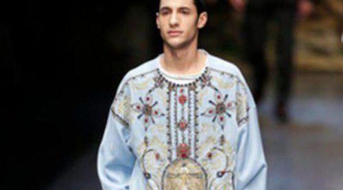 Devoción religiosa en el otoño/invierno 2013/2014 de Dolce & Gabbana de la Semana de la Moda Masculina de Milán