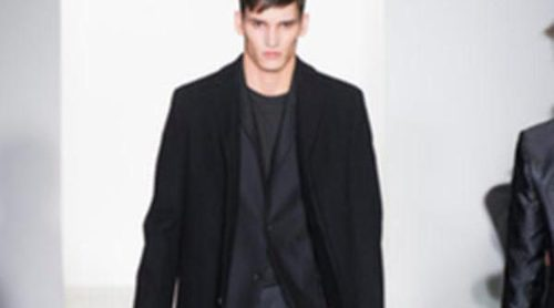 Calvin Klein se pone clásico en la colección otoño/invierno 2013/2014 de la Semana de la Moda Masculina de Milán