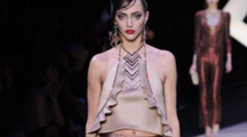 Armani apuesta por los estampados geométricos para la primavera/verano 2013 en la Semana de la Alta Costura de París