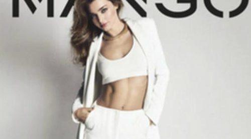 Miranda Kerr y Mango apuestan por la combinación blanco y negro para esta primavera/verano 2013