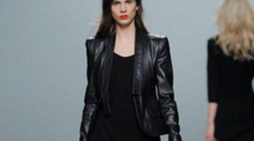 El cuero domina el desfile otoño/invierno 2013/2014 de Roberto Torretta en la Madrid Fashion Week