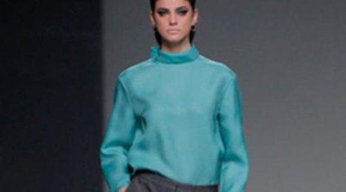 Ángel Schlesser propone el minimalismo para el otoño/invierno 2013/2014 en Madrid Fashion Week