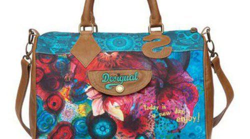 Desigual completa su colección primavera/verano 2013 con los 'Doctor Bag'