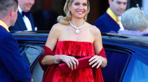 Máxima de Holanda apostó en la despedida de la Reina Beatriz por el vestido de Valentino que lució en Londres en 2008