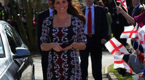 Lulu Guinness se apunta a la moda de imitar a Kate Middleton y diseñará una colección de 'miniclutchs'