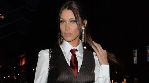 Corbatas para mujeres: cuándo y cómo llevarlas