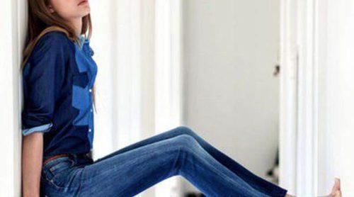 Lee imprime carácter a sus prendas vaqueras de la línea femenina de primavera/verano 2013