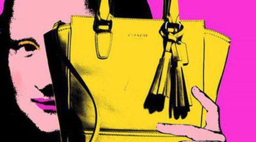 Coach lanza una nueva colección de bolsos con La Gioconda como protagonista