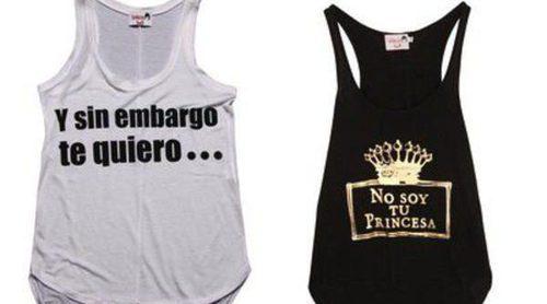 Dolores Promesas lanza una reedición de sus 12 camisetas más emblemáticas