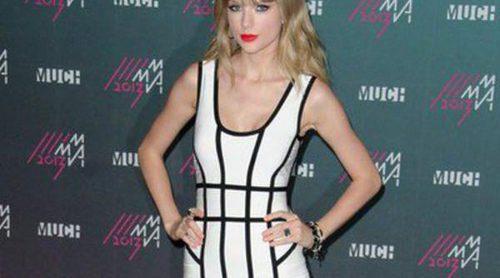 Abercrombie & Fitch, obligada a retirar unas camisetas con el lema 'Más novios que Taylor Swift'