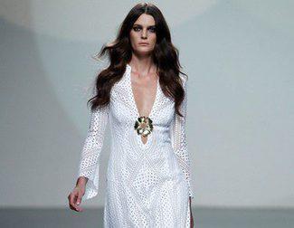 Teresa Helbig apuesta por un verano al estilo hippie chic en su desfile primavera/verano 2014 en Madrid Fashion Week