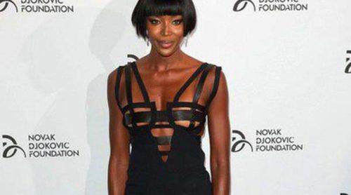 Naomi Campbell confiesa haberse sometido a duras dietas para su último desfile con Versace