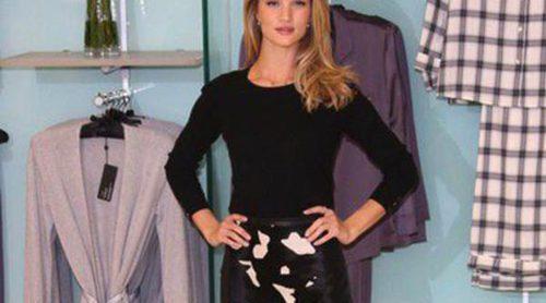 Rosie Huntington-Whiteley presenta su colección de pijamas 'Rosie for Autograph'