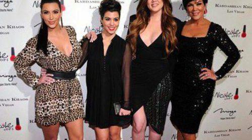 Las hermanas Kardashian sacarán a la venta una línea de joyas de su 'Kardashian Kollection'