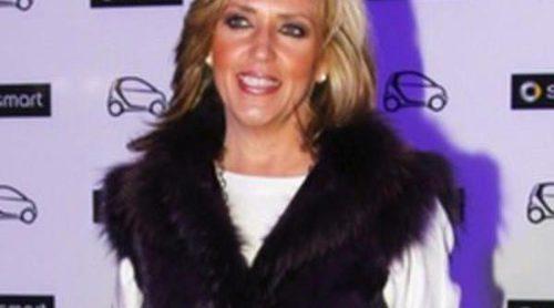 Lydia Lozano recoge el premio a  'La mejor calzada del 2011'