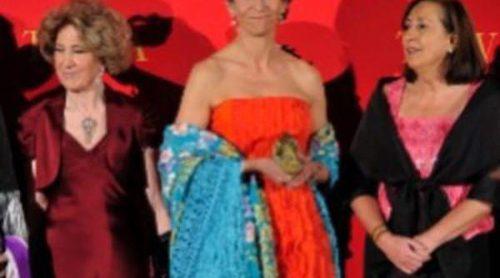 El estilo de la Infanta Elena: El armario más colorido de la realeza
