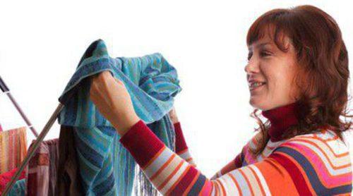 Cómo quitar las manchas de grasa de la ropa