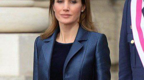 La Princesa Letizia repite este 2014 el vestido de Felipe Varela que ya lució en la Pascua Militar de 2012