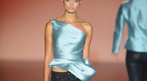 Hannibal Laguna presenta su colección número 100 en la pasarela Madrid Fashion Week otoño/invierno 2014/2015