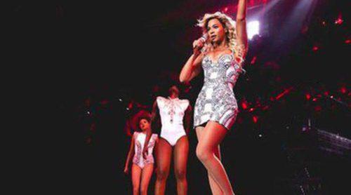 Versace diseña el vestuario de Beyoncé para su gira 'Mrs. Carter Show World Tour'