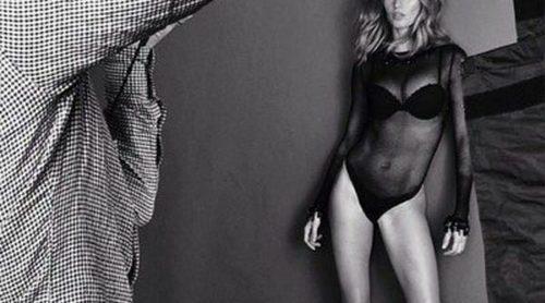Gisele Bündchen derrocha sex appeal posando con un body de su línea de lencería