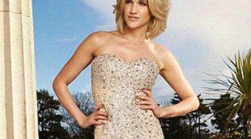 Ashley Roberts diseña una línea de vestidos de dama de honor para Key Fashion
