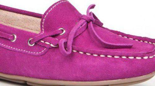 Enzo Tesoti presenta su colección de calzado femenino: clásica, cómoda y muy colorida