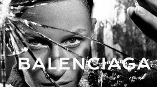 Gisele Bündchen se 'rapa' la melena para la campaña de Balenciaga