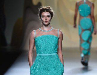 Mucho brillo en las noches de Ana Locking para la primavera/verano 2015 en Madrid Fashion Week