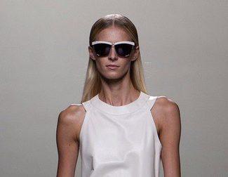 Vestidos vaporosos y con movimiento, la apuesta de Roberto Torretta en Madrid Fashion Week