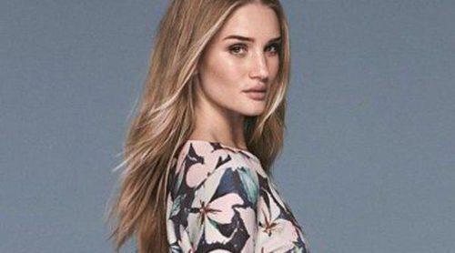 Rosie Huntington-Whiteley: dulce y femenina en la nueva colección de Marks&Spencer