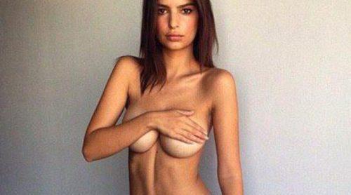 Emily Ratajkowski, sin sujetador y con ropa interior de Calvin Klein