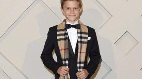 Romeo Beckham cobra 70.000 dólares por cada campaña de Burberry