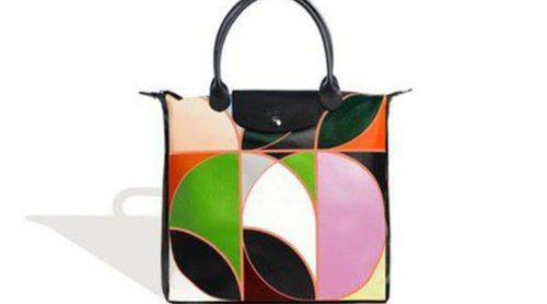 Longchamp celebra sus veinte años junto a Sarah Morris reinventando su icónico bolso 'Le Pliage'