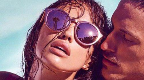 Irina Shayk presume de cuerpo y mirada en la nueva campaña de Linda Farrow Eyewear