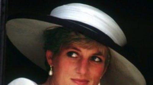 Los vestidos más emblemáticos de Lady Di, expuestos en Kensington Palace