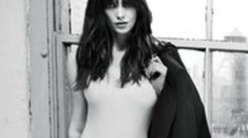 Primera imagen de Ashley Greene como imagen de DKNY Jeans
