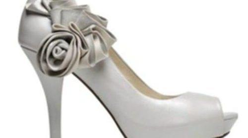Lodi presenta su colección nupcial de zapatos y bolsos para este invierno 2012