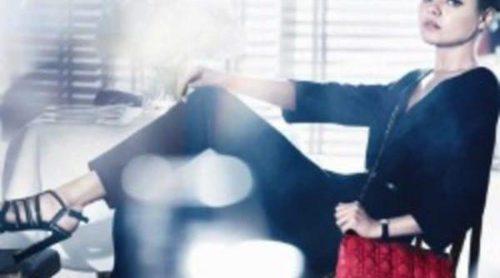 Mila Kunis es la nueva imagen de los bolsos 'Miss Dior'