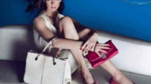 Anne Hathaway se calza unos Tod's