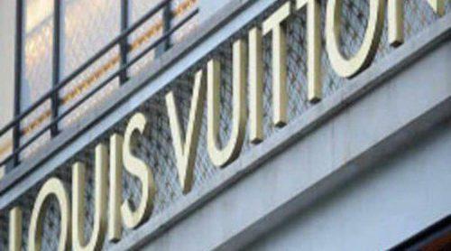 Billie Achilleos diseña para Louis Vuitton