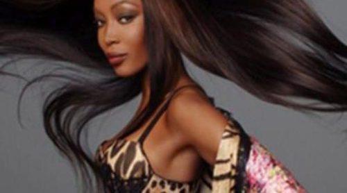 Naomi Campbell protagoniza la campaña más sexy de Roberto Cavalli