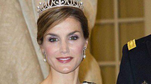 La Reina Letizia y Máxima de Holanda: el glamour del 75 cumpleaños de Margarita de Dinamarca