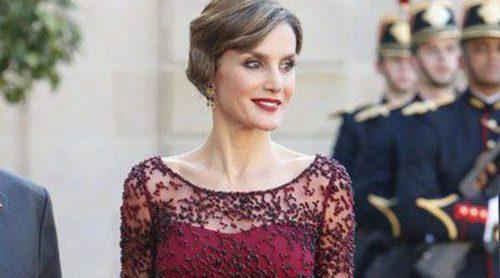 La Reina Letizia pasea el estilo de Felipe Varela, Nina Ricci y Carolina Herrera en su Viaje de Estado a Francia