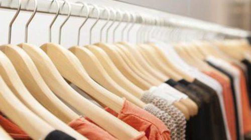 Combinar colores para vestir con estilo