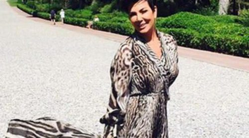 Kris Jenner se aprovecha del armario de las Kardashian: les roba un Roberto Cavalli